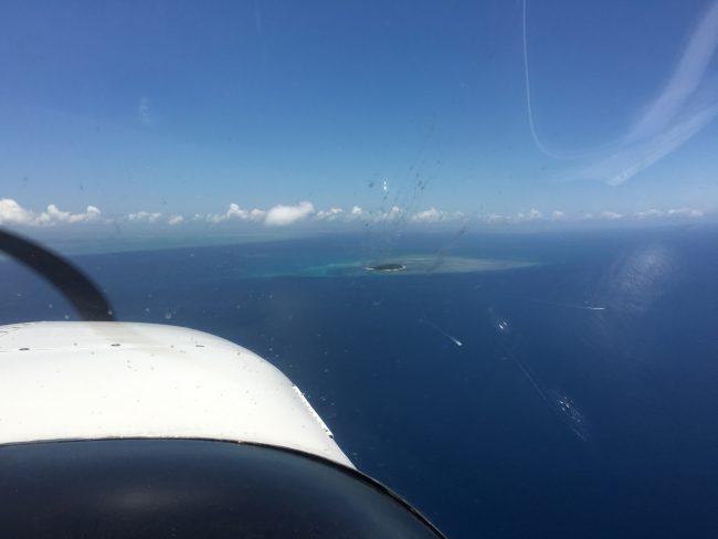 小型機から見るグリーン島