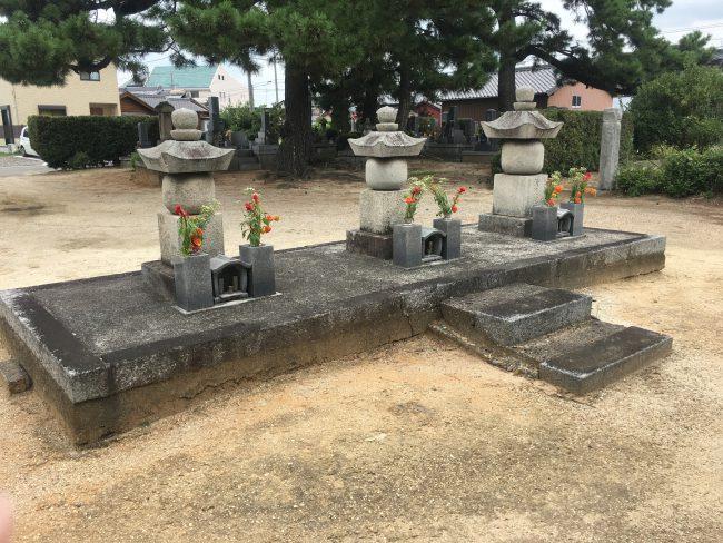 福釜松平家の墓