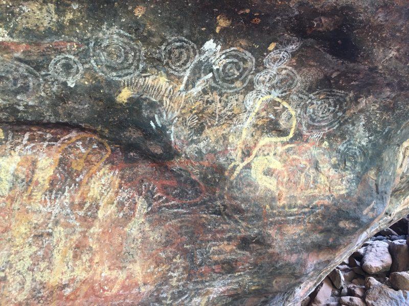 クニヤ渓谷の壁画
