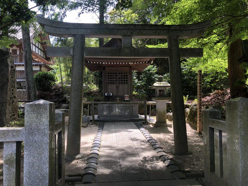 明智光秀公御霊廟