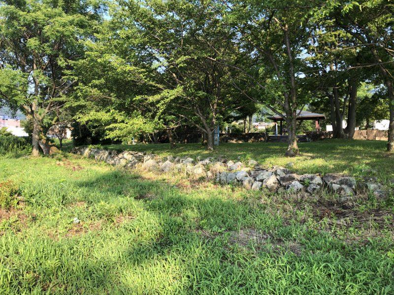 坂本城址公園に残る石垣