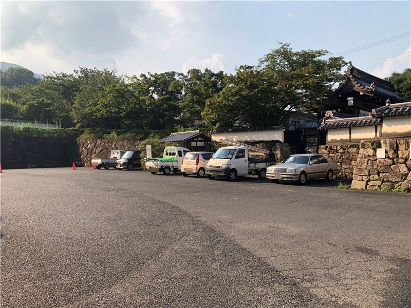 西教寺参拝者専用駐車場