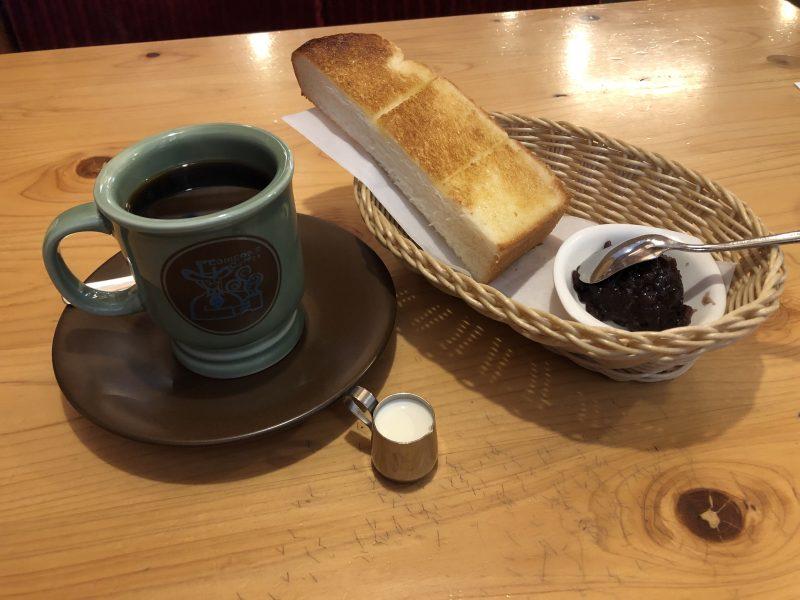 コメダのアメリカンコーヒーとモーニングCセット
