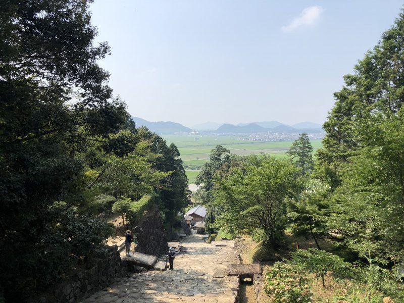 安土城大手道から見る景色
