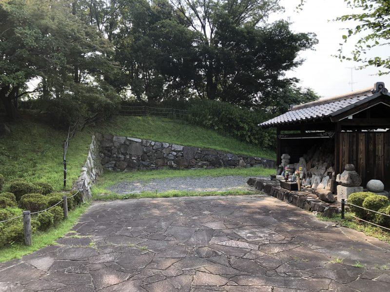 勝竜寺城本丸の北門跡