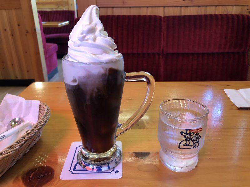 コメダ珈琲のクリームコーヒーサイズ比較