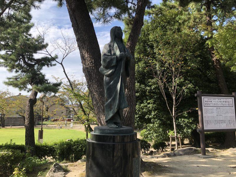清洲公園の濃姫像