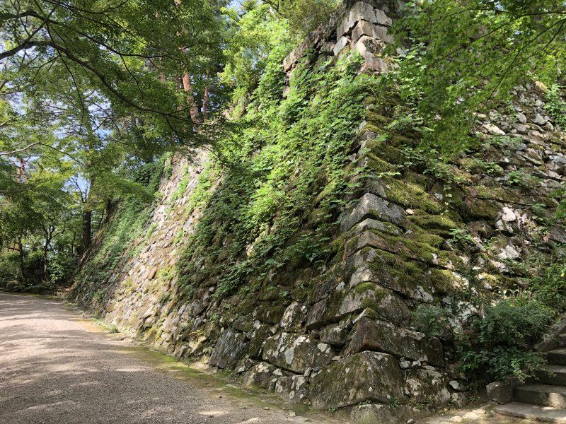 丹波亀山城の復元された天守台
