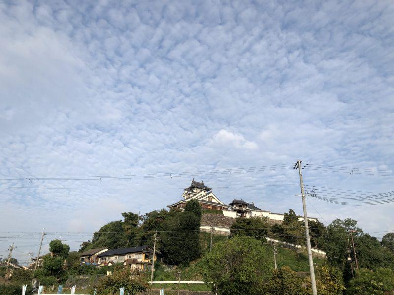 駐車場から見る福知山城