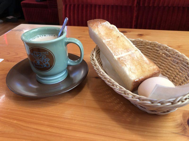 コメダ珈琲の黒蜜ミルクコーヒー